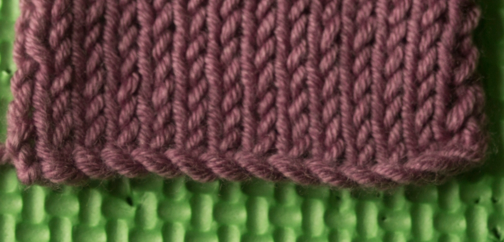 cable cast on knitting