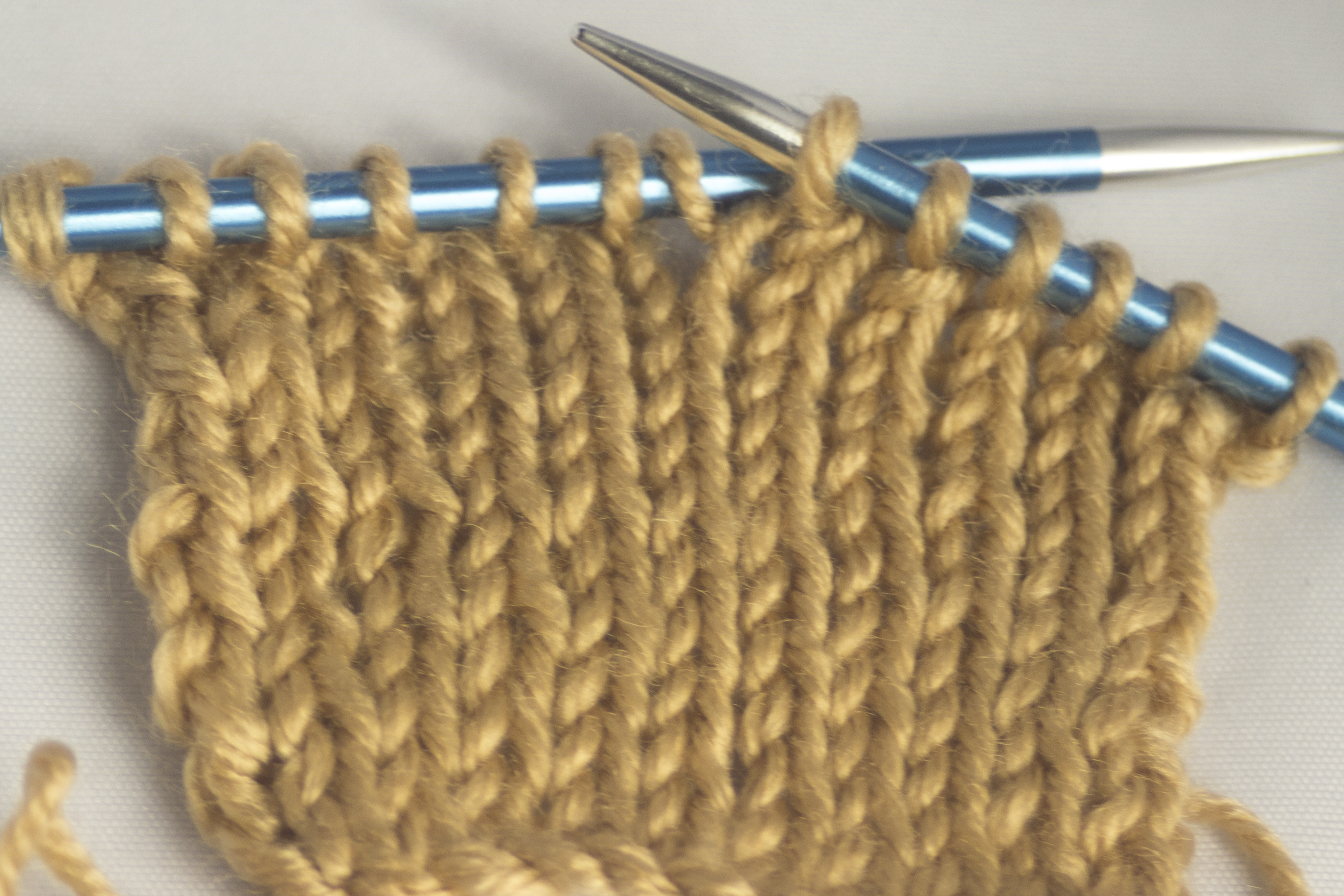 Knitting Increases Left And Right : Increasing with and without holes